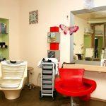 Стоит ли экономить на оснащении парикмахерской?