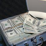 Как отправить деньги за границу?